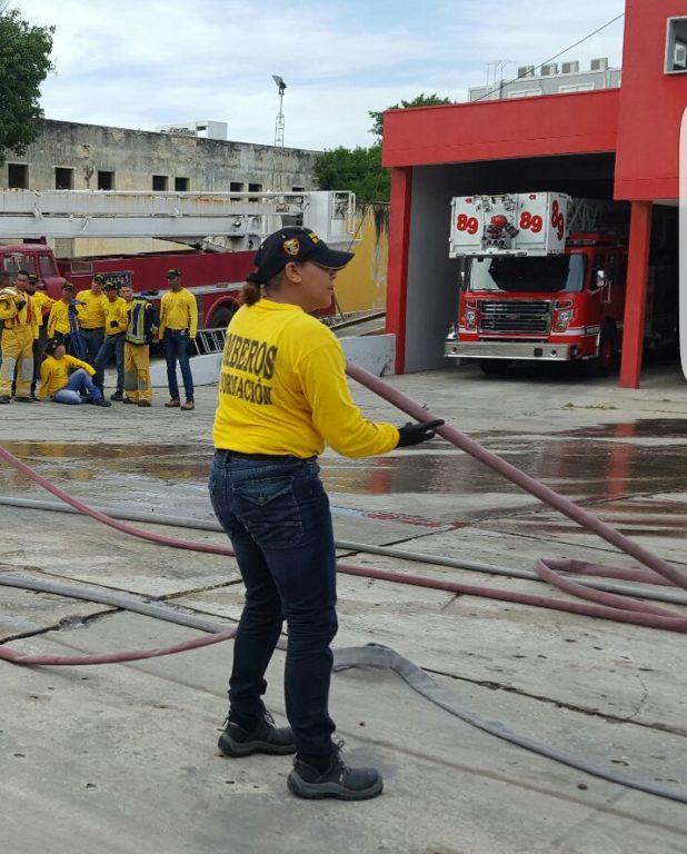 Mujeres bomberos