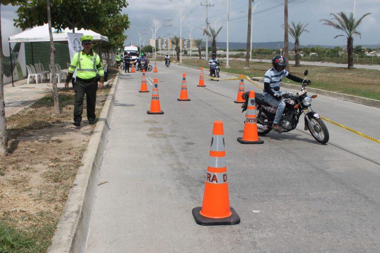 Secretaría de Tránsito - Seguridad Vial - Motociclista