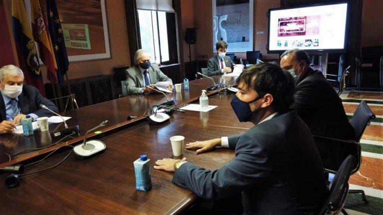 Alcalde Pumarejo en Madrid - Donación migrantes AECID